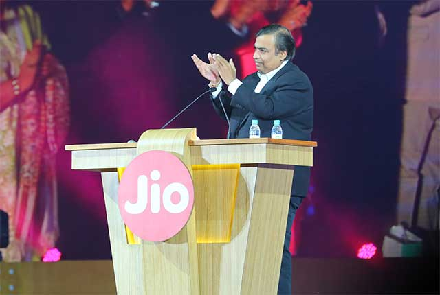 Reliance Jio unveils 4G service for group staffers, commercial launch in March