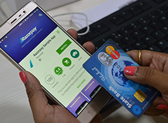 MasterCard invests in online payment gateway Razorpay