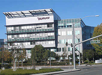 Gasping to stay in the game, Yahoo Messenger adds video sharing feature