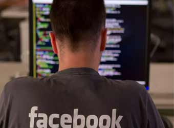 Facebook unveils Workplace to take on Slack