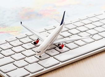 Online travel portals MakeMyTrip and ibibo to merge