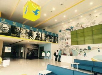 Flipkart said to be in talks with CPPIB and Wal-Mart to raise $1 bn