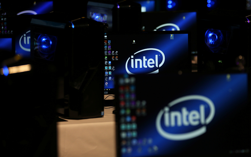 Intel targets IoT devices, self-driving cars with new chip