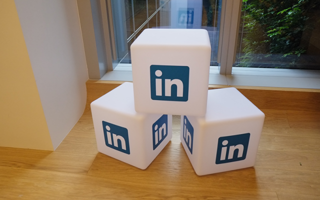 LinkedIn's new tool automatically schedules interviews for recruiters, candidates
