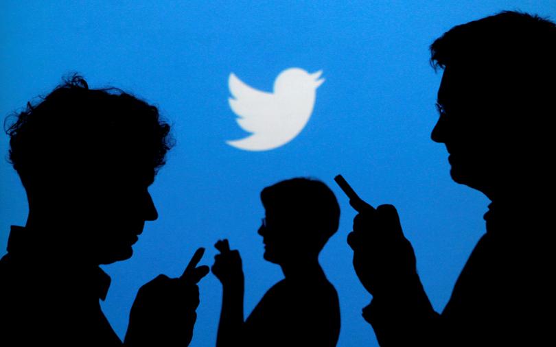 Twitter cracks down on 'bots' spreading false stories