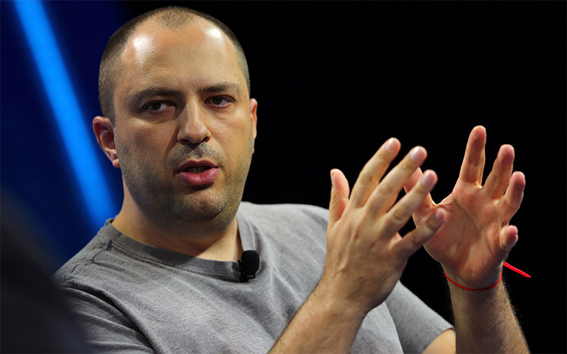 Facebook loses privacy advocate as WhatsApp co-founder Jan Koum quits