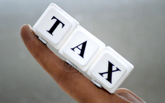 Temporary relief for e-tailers as govt defers rollout of new tax provision