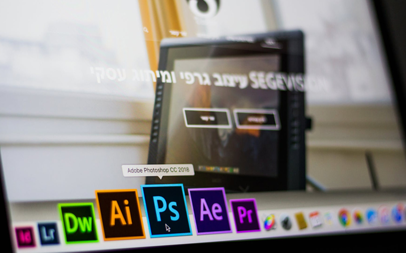 Apple's iPad to get media-editing software Photoshop in 2019