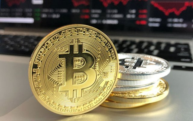 Bitcoin goes past $8,000 for the first time in two months