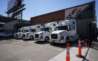 Uber hits the brakes on self-driving trucks, will now focus solely on cars