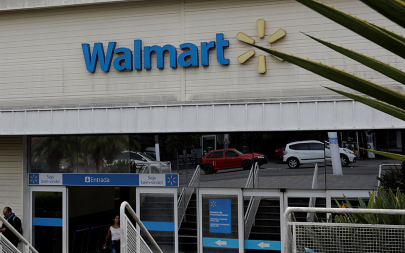Walmart turns to blockchain in bid to tackle food-safety incidents