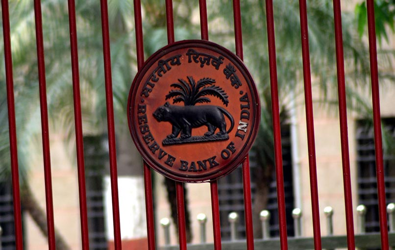 RBI to stick with plan to force payments firms to store data locally