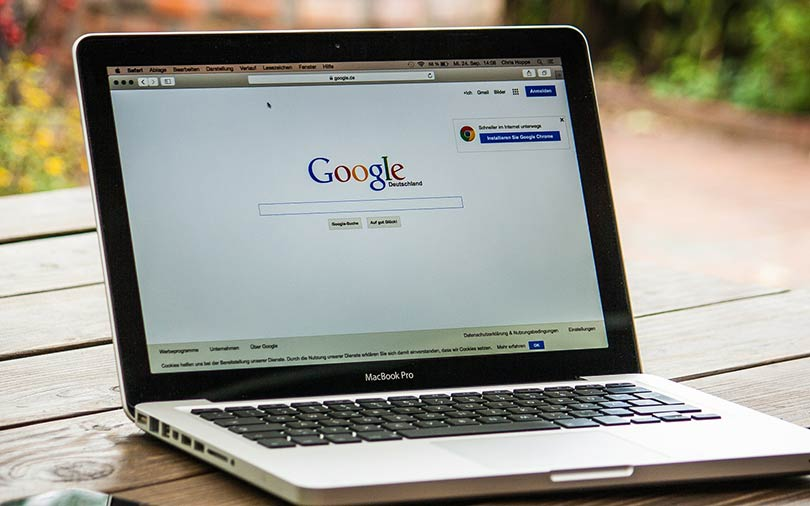 Users will soon be able to comment on Google search results