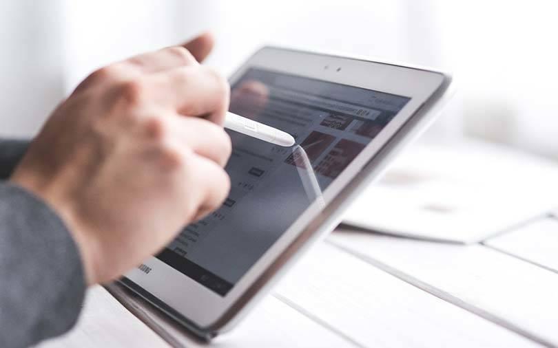 News aggregator Dailyhunt's parent sees revenue dip as it shuts off mobile VAS biz