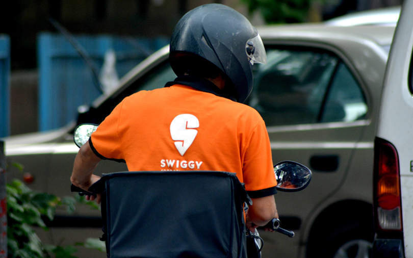 Swiggy partners with Bounce for taxi-bike pilot project: Report