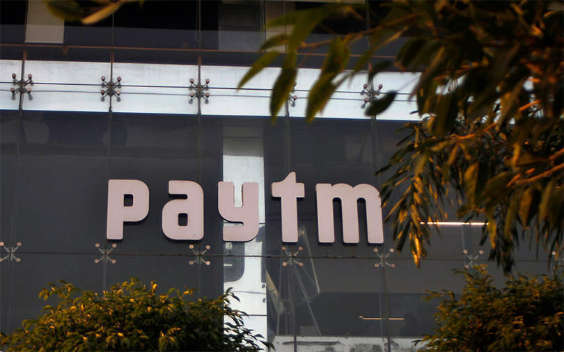 Paytm may buy stake in Yes Bank; Govt considering linking social media accounts to Aadhaar