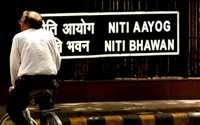 Niti Aayog wants separate regulator for medical devices; UPI clocks 1bn transaction: Report