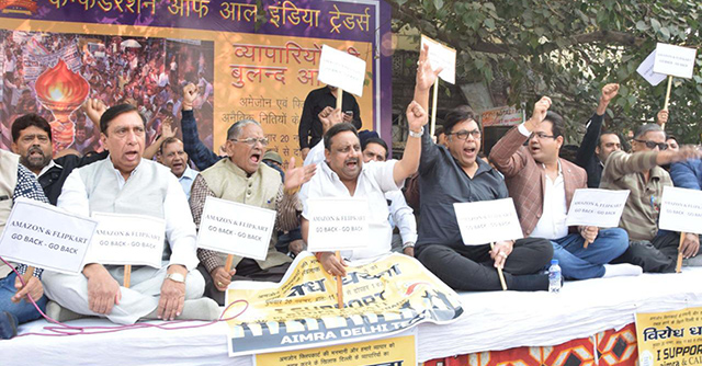 CAIT takes to the streets to protest alleged FDI violations by Flipkart, Amazon